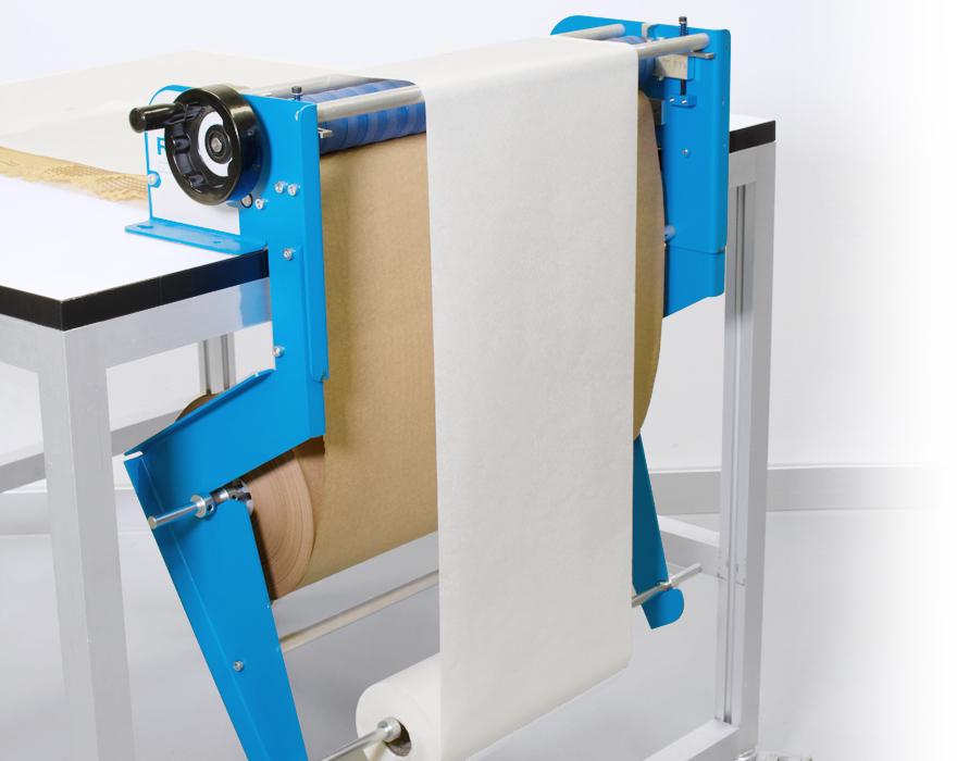 Geami WrapPak M edge dispenser
